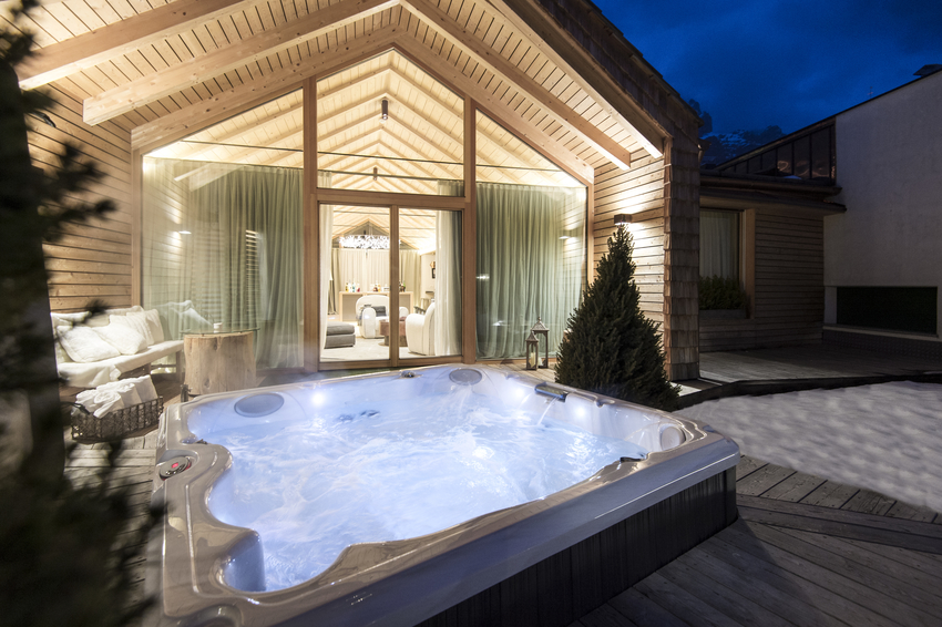 The entry of the exclusive Chalet Zeno